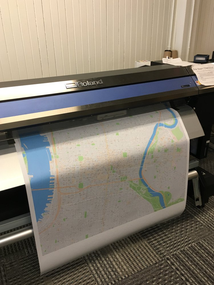 Map printing in plotter